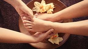 Fuß-Massage 45 Minuten