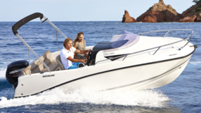 Motorboot fahren - Strandhotel Strande