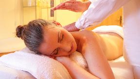 Ayurvedische Seidenhandschuhmassage Garshan