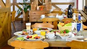"""Geldwert 13 € z.B. für """"Frühstück vom reichhaltigen Buffet"""""""